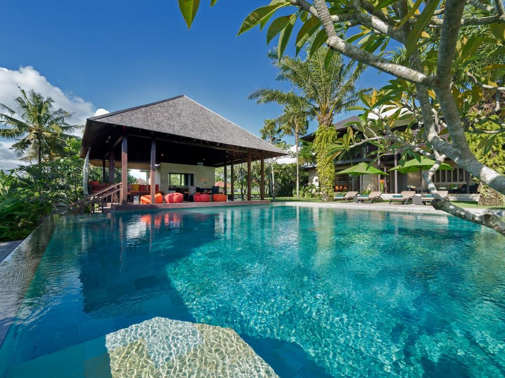 Bendega Nui 4br, Large and luxury villa  with private pool in Canggu, Bali, Indonesia for 8 persons...