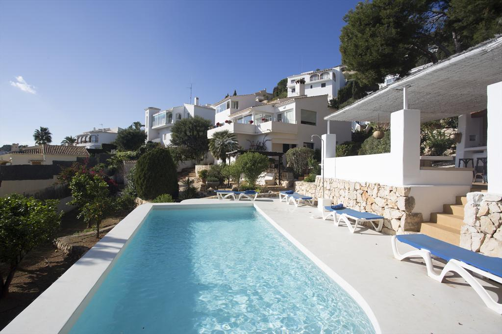 Dar Blue, Beautiful and comfortable apartment  with private pool in Javea, on the Costa Blanca, Spain for 4 persons...