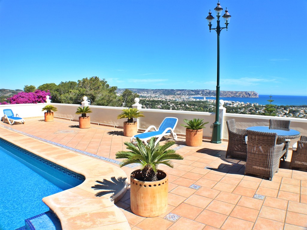 Noa,Villa grande  con piscina privada en Javea, en la Costa Blanca, España para 7 personas...