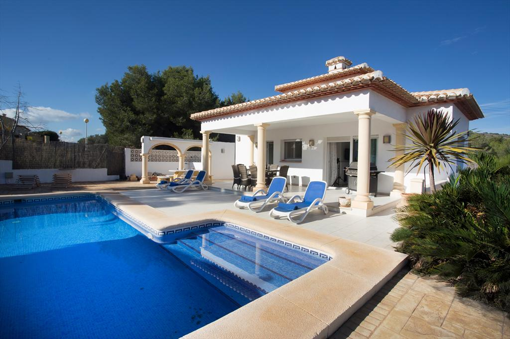 Casa Isabella, Wonderful and nice villa in Javea, on the Costa Blanca, Spain  with private pool for 8 persons.....