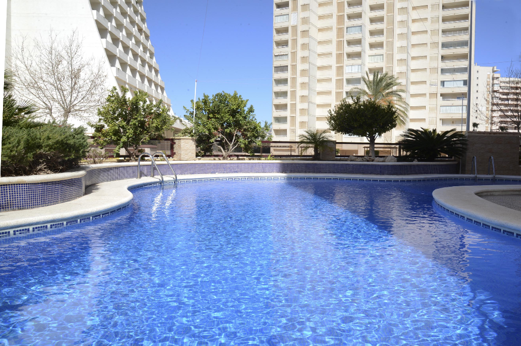 Apartamento Riviera 6D, Comfortable apartment  with communal pool in Calpe, on the Costa Blanca, Spain for 4 persons.....