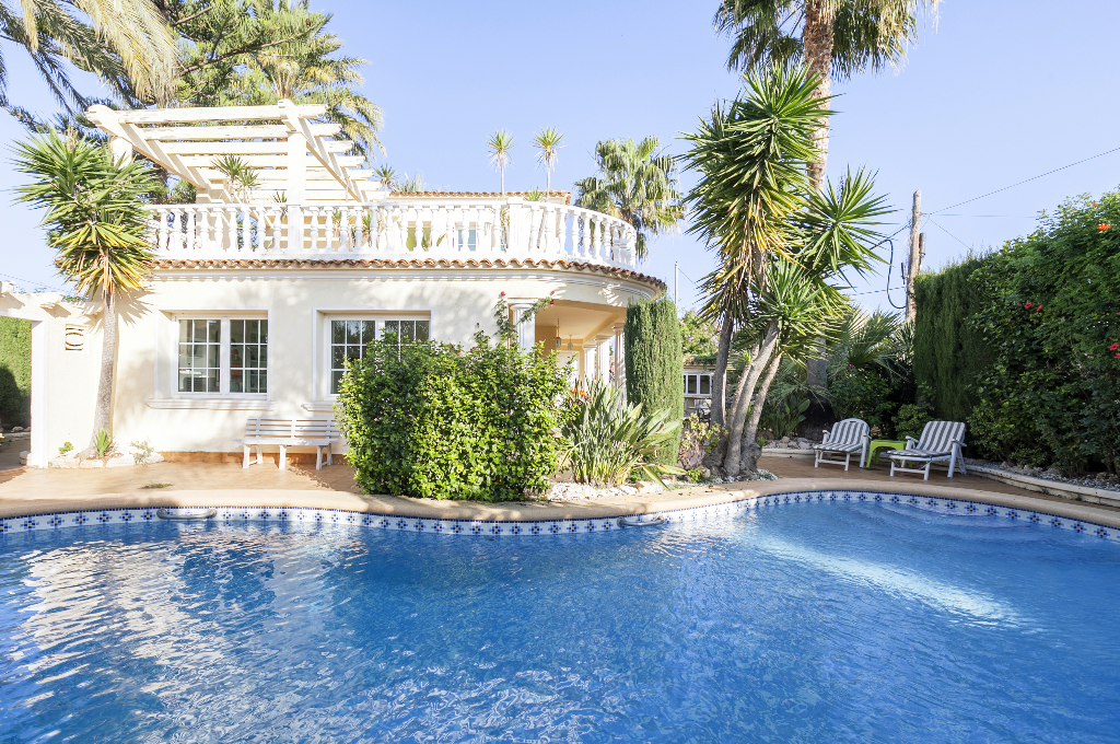 Casa Flamenc, Wonderful and comfortable villa in Denia, on the Costa Blanca, Spain  with private pool for 6 persons...