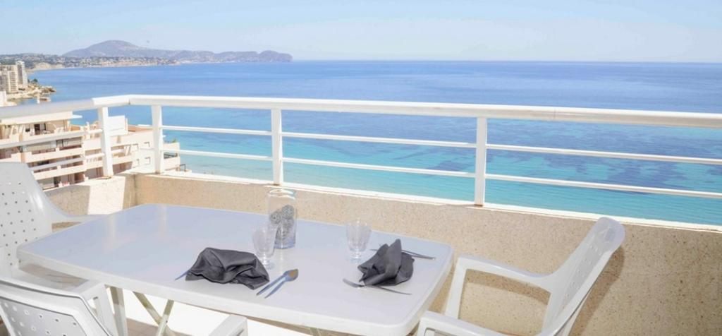 Apartamento Apolo XVI 67 Invierno, Apartment  with communal pool in Calpe, on the Costa Blanca, Spain for 8 persons.....