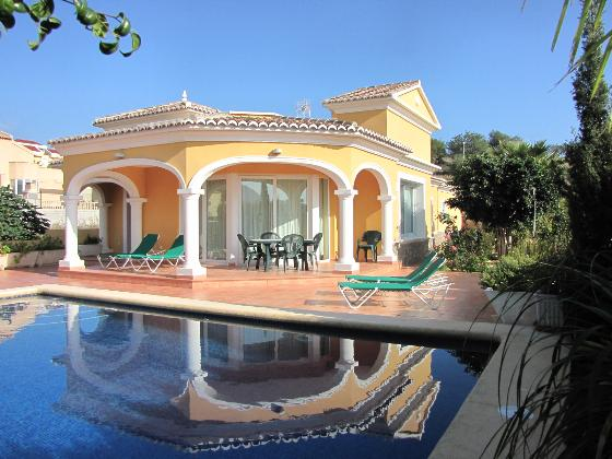 Villa Casanova Invierno, Beautiful and comfortable villa  with private pool in Calpe, on the Costa Blanca, Spain for 6 persons.....