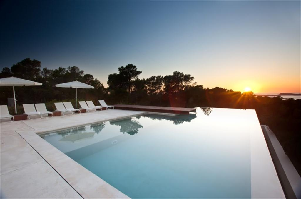 891, Beautiful and luxury villa in Cala Bassa, Ibiza, Spain  with private pool for 12 persons...