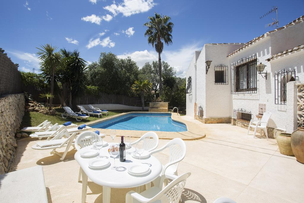 Antoxo 6 pax,Large and nice villa in Javea, on the Costa Blanca, Spain  with private pool for 6 persons...