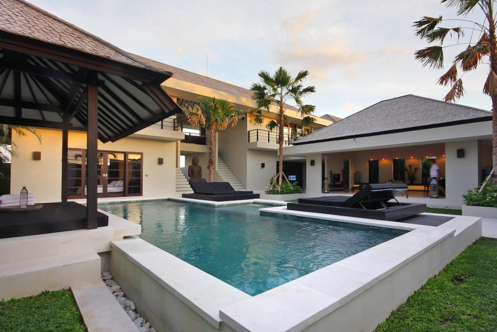 Soul, Large and luxury villa  with private pool in Canggu, Bali, Indonesia for 8 persons...