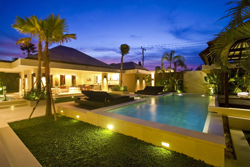 Soul 3 BR, Large and luxury villa  with private pool in Canggu, Bali, Indonesia for 6 persons...
