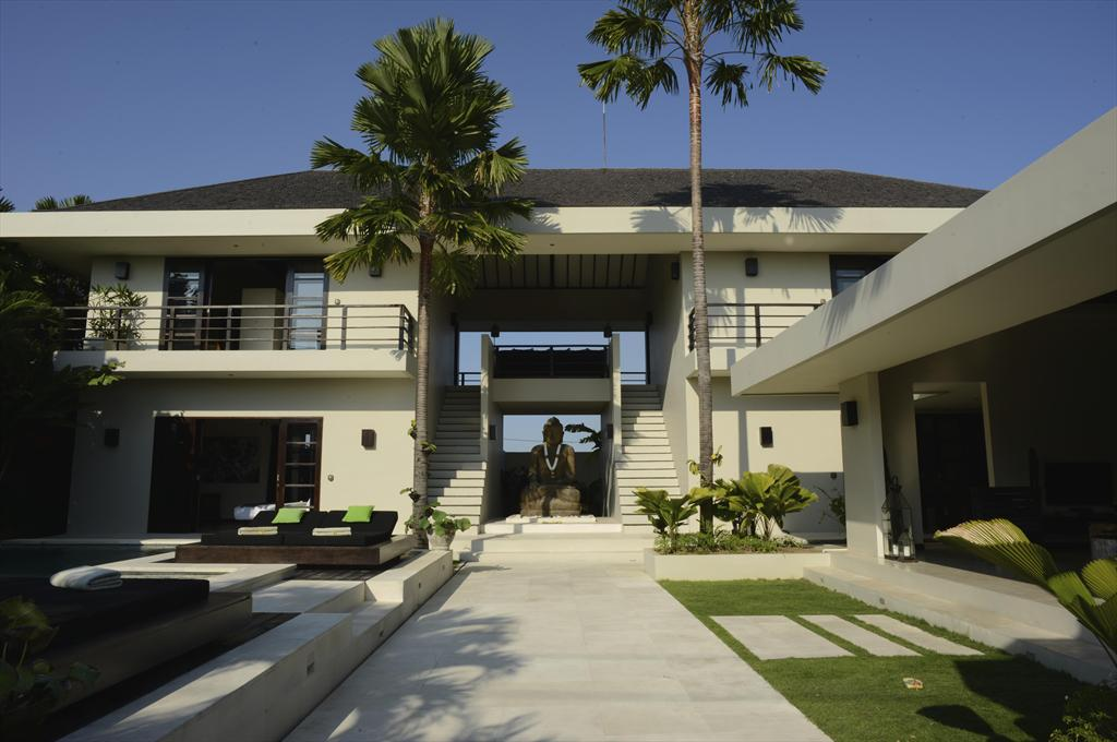 Spirit,Grote en luxe villa  met privé zwembad in Canggu, op Bali, Indonesië voor 8 personen...