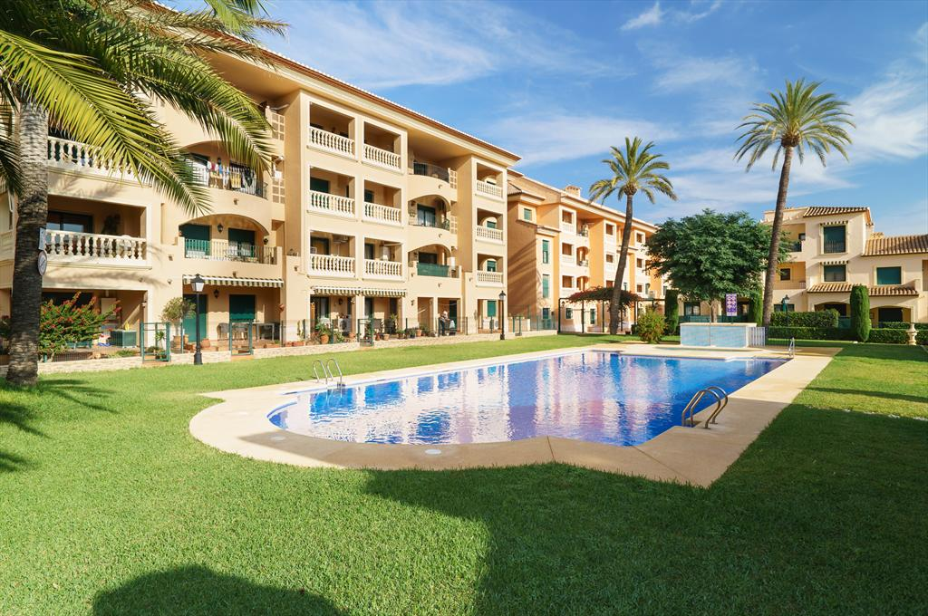 Jardines de Mar, Beautiful and comfortable apartment  with communal pool in Javea, on the Costa Blanca, Spain for 8 persons.....