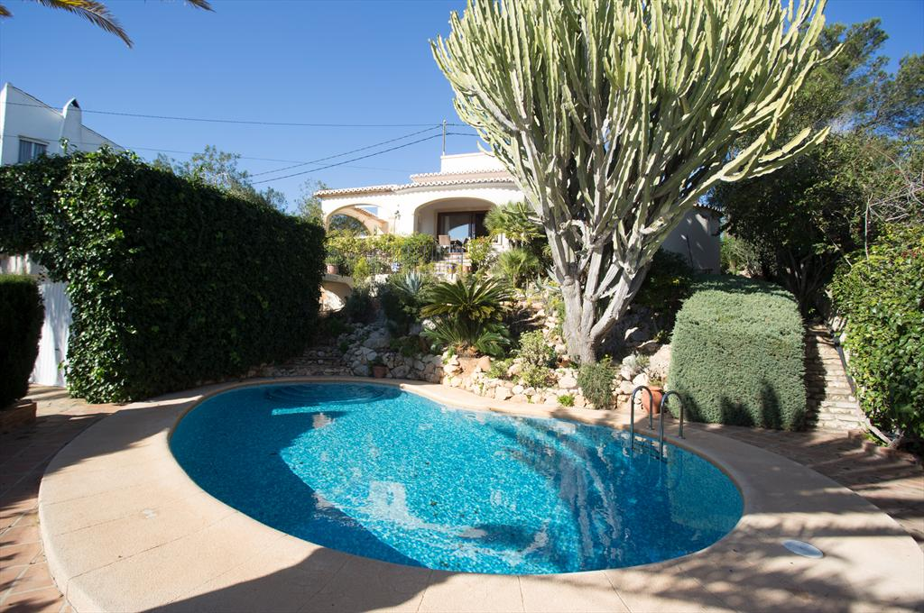 Acuarela Vistas, Classic and comfortable villa in Javea, on the Costa Blanca, Spain  with private pool for 6 persons.....