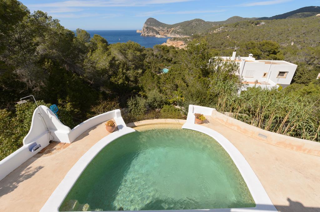 Salada,Villa à Sant Antoni, Ibiza, Espagne  avec piscine privée pour 6 personnes...