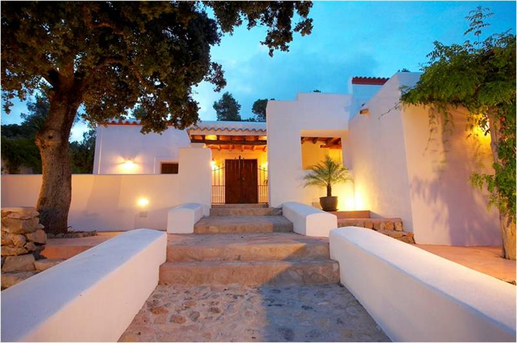 Vichy, Large villa in San Carlos, Ibiza, Spain  with private pool for 14 persons...