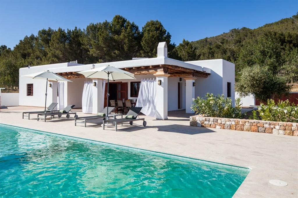 Can morna, Large villa in San Lorenzo, Ibiza, Spain  with private pool for 12 persons...