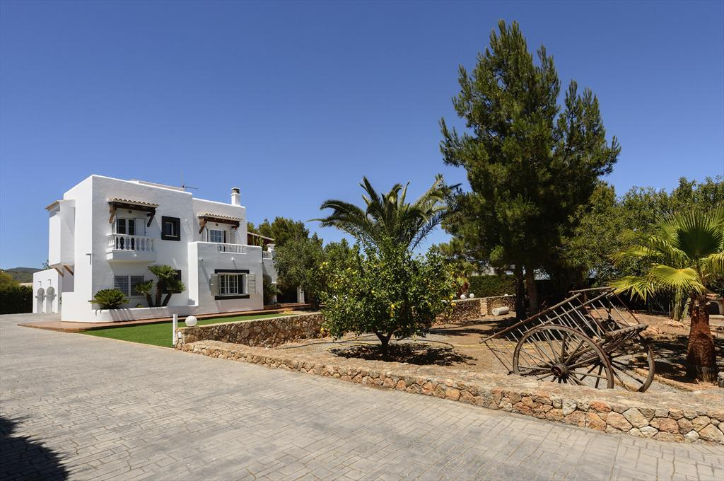 El Oasis, Large villa in Ibiza, Ibiza, Spain  with private pool for 12 persons...