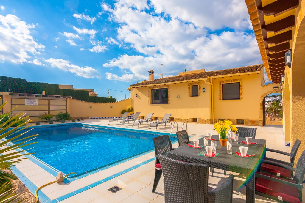 Freedom 6, Classic and nice villa  with private pool in Moraira, on the Costa Blanca, Spain for 6 persons.....