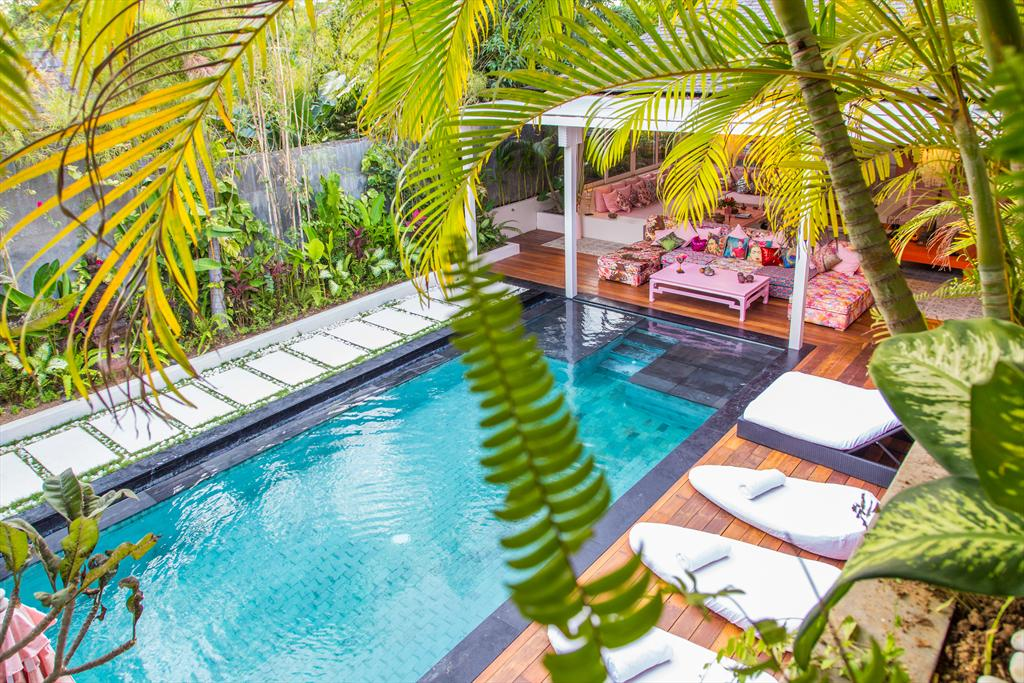 AMar 5 bedroom, Modern and comfortable luxury villa  with private pool in Canggu, Bali, Indonesia for 10 persons...