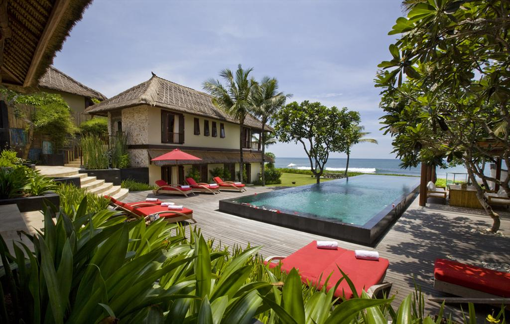 Sound Of The Sea 5 bedroom, Large and  luxury villa  with private pool in Canggu, Bali, Indonesia for 10 persons...