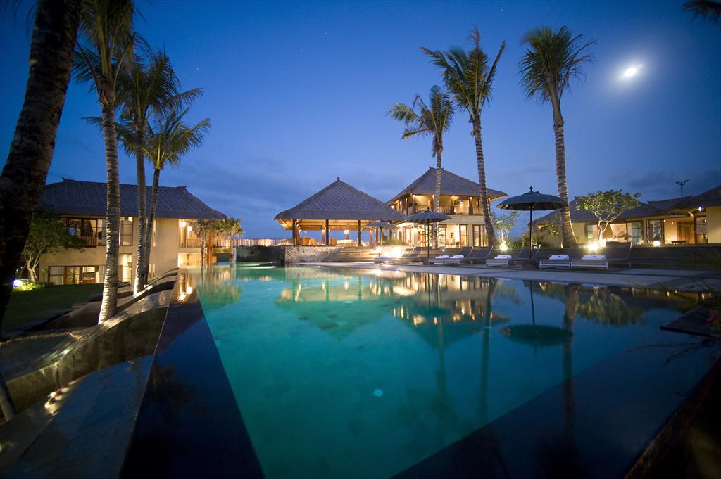 Mary 5 bedroom, Large and comfortable luxury villa in Canggu, Bali, Indonesia  with private pool for 10 persons...