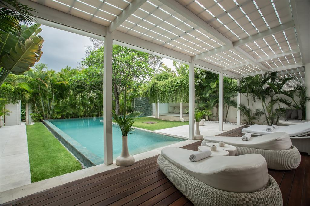 Eden Riverside 6 Bidadi 3BR, Beautiful and cheerful luxury villa in Seminyak, Bali, Indonesia  with private pool for 6 persons...